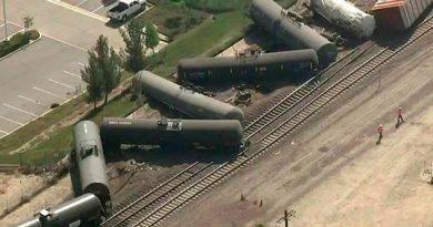 Tren Tanques Cisterna Descarrila California