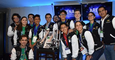 'Con esfuerzo': así lograron medalla los mexicanos en Mundial de Robótica