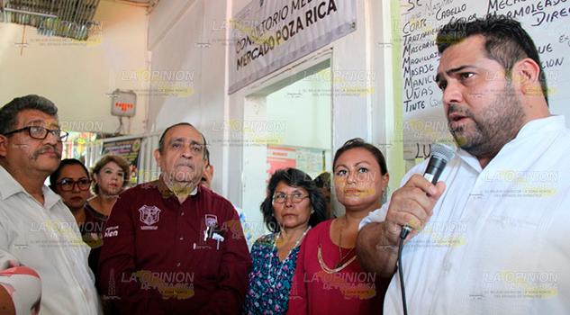 Abren Consultorio Médico Gratuito Mercado Poza Rica