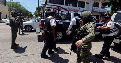 La Fiscalía de Guerrero ha ejecutado dos órdenes de aprehensión a los mandos operativos de la Secretaría de Seguridad