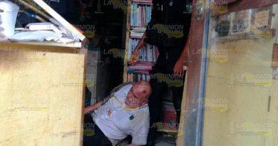 Encuentran Persona Inconsciente Librería Tuxpan