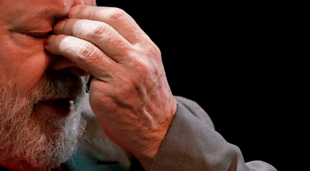 Lula da Silva Renuncia Candidatura Presidencial