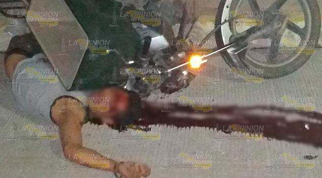 Motociclista Derrapa Pierde Vida