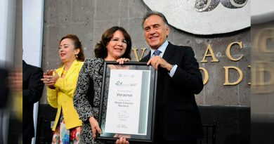 Recibe Veracruz Galardón Materia Salud