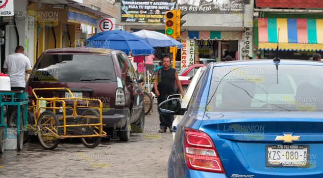 Se quejan de mal funcionamiento de semáforos en Álamo