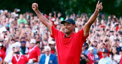 Tiger Woods Vuelve Ganar Torneo Cinco Años Después