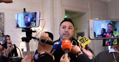 Óscar de la Hoya Confirma Diciembre Para Regreso Canelo