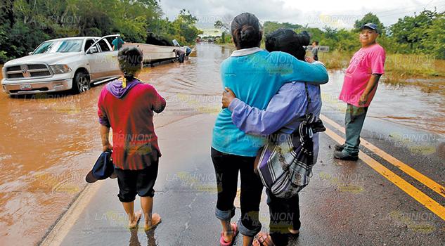 'Willa' deja 33 mil afectados