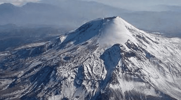 3 alpinistas mueren durante ascenso al volcán Citlaltépet