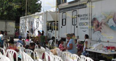 A luchar contra cáncer de mama en Álamo