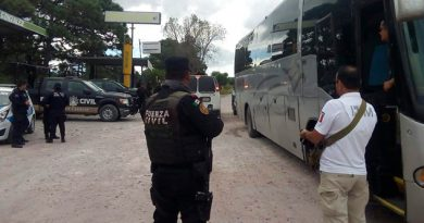 Aseguran 35 migrantes autobús Nuevo León