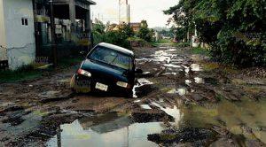 Ayuntamiento de Naranjos deja desastre en colonias