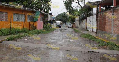 Calles en mal estado en Poza Rica