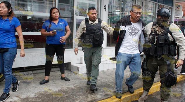 Capturan a presunto ratero en el centro de Poza Rica