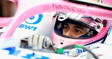 Checo Pérez Fuera Top 10 Prácticas Libres GP Japón