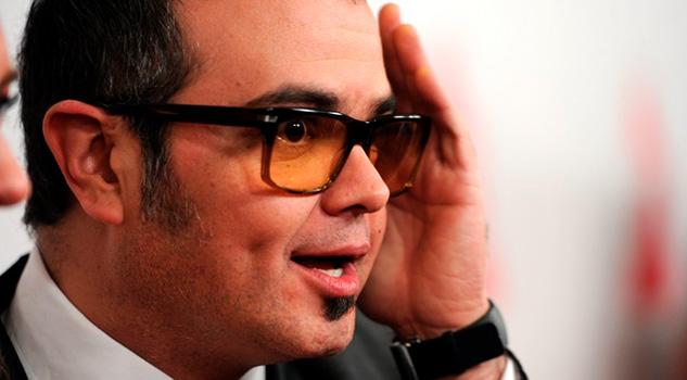 Critican a Aleks Syntek por planear concierto en Bellas Artes