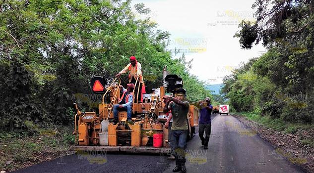 Exigen acelerar obra carretera Sierra Otontepec