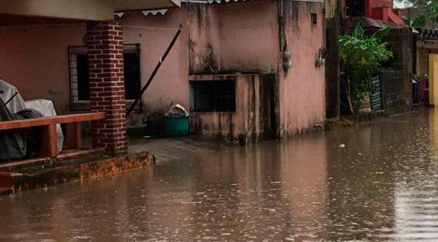 Fuertes lluvias dejan inundaciones en Veracruz