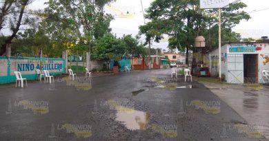 Habitantes de Tampamachoco quieren mejoras en sus calles