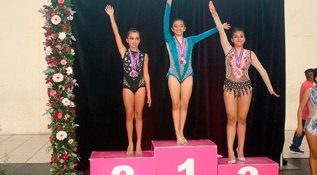 Hannya Nicole Arrasa Campeonato Estatal