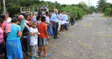 Inaugura Alcalde Álamo Pisos Firmes Beneficio 37 Familias