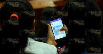 Las redes sociales asechan a jóvenes