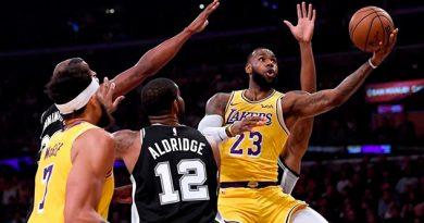 LeBron falló dos tiros libres al final y Lakers siguen sin ganar