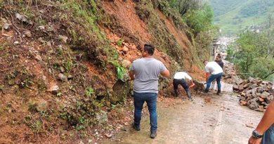 Lluvias provocan derrumbes en la sierra de Zongolica