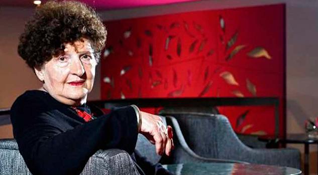 Margo Glantz rechaza la dirección del FCE