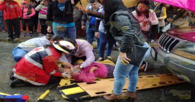 Atropellan en Tuxpan a una mujer cuando llevaba a su nieta a la escuela