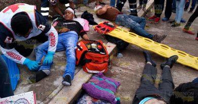 Tres heridos en fuerte choque en Pánuco