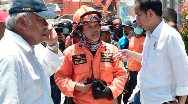 Una semana Despues Terremoto Hallan Vivos 31 Niños Atrapados