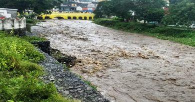 Inundaciones y desbordamientos deja frente frío número 6 en Veracruz