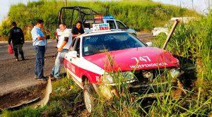 Aparatoso accidente en la carretera Martínez-San Rafael
