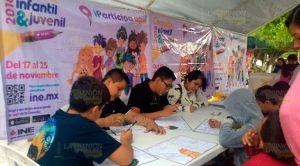 Buena respuesta a la consulta infantil y juvenil del INE en Papantla