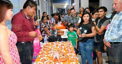 Con desfile y muestra gastronómica, terminan eventos de Todos Santos en Álamo