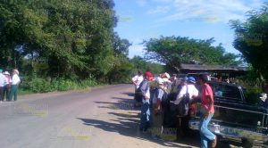 Ejidatarios cierran entrada a empresa trituradora de grava