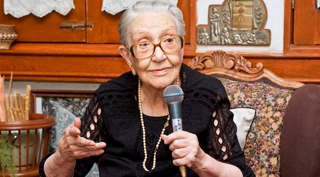Resultado de imagen para Falleció Olga Harmony, decana de la crítica teatral en México