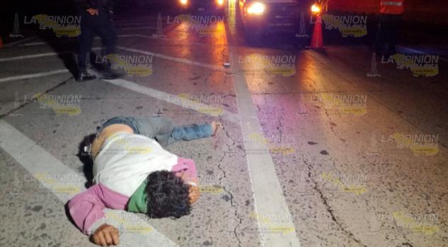 Lo atropellan y muere sobre la autopista