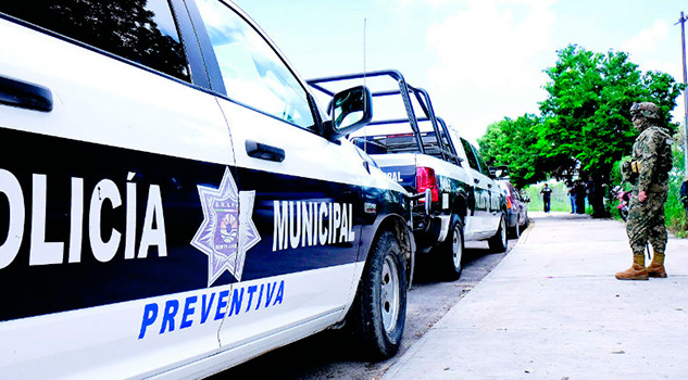 Militares toman control de seguridad de Cancún