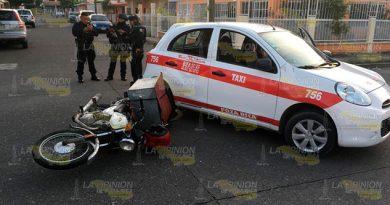 El accidente ocurrió en el cruce de las calles Guadalupe Victoria y la calle Abraham Lincoln de la colonia