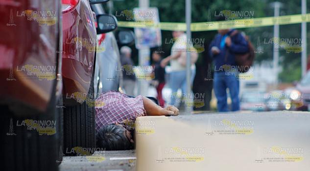 Muere frente a agencia de autos en Poza Rica