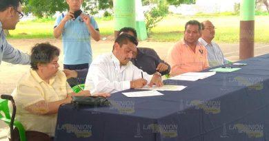 Necesario capacitar a estudiantes de Tuxpan en el campo laboral