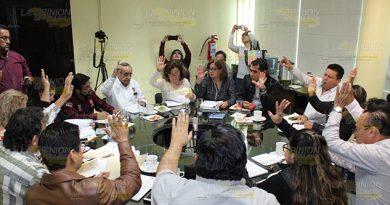 Pretenden regularizar panteones en Poza Rica