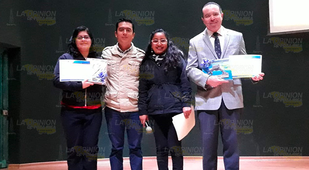 Realizan conferencias sobre Transtorno por déficit de atención en Álamo