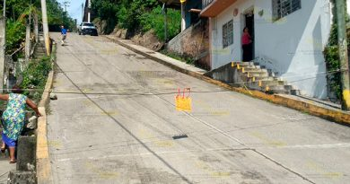 Taxistas y tránsito ponen en peligro a familias en Papantla