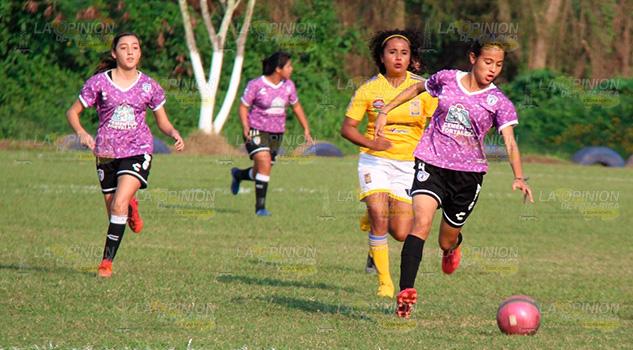 Visoreo en futbol femenil para integrar selecciones para olimpiada