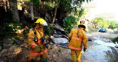 Arde vivienda en la colonia Insurgentes de Poza Rica