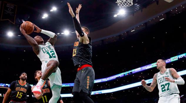 Celtics suman su octavo triunfo en fila al vencer a Hawks