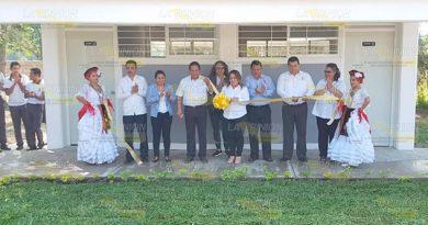 Fuerte inversión al sector educativo en Coatzintla